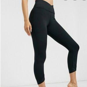 Nike yoga collection 7/8 length black leggings.